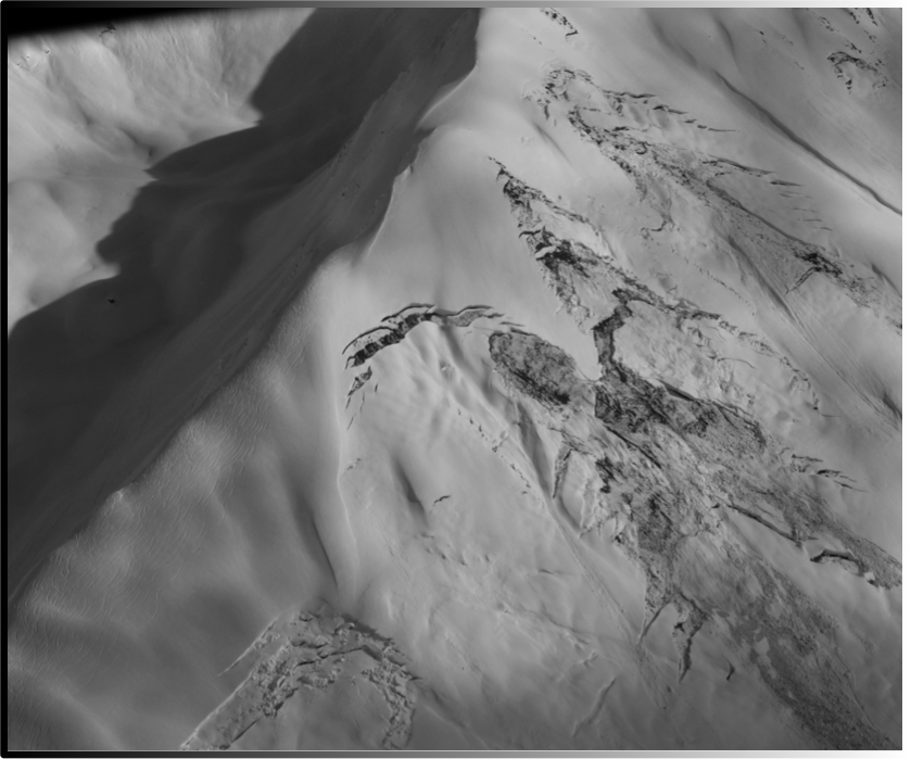Glide Cracks and Tracks on Cornbiscuit. Photo: Jared Gross